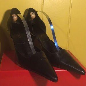Authentic Prada Black Pointy Heels Size 38
